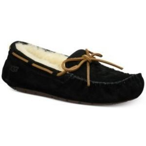 Women's Ugg Dakota Mocassins